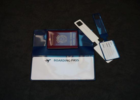 portabiglietto e tag valigia